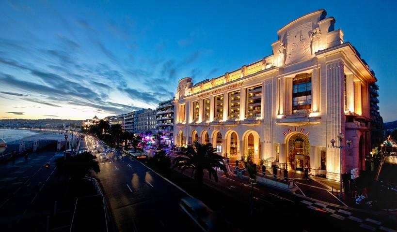 Facade_Hyatt_Regency_Nice_Palais_de_la_Mediterranee_BD.jpg
